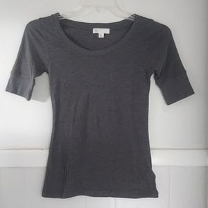 Forever 21 gray basic tee with quarter sleeves